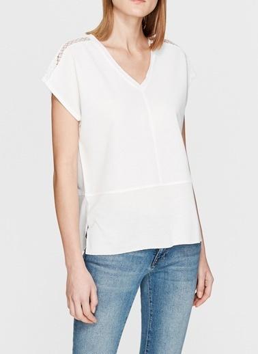 Mavi Mavi Kısa Kol Penye  Kırık Beyaz T-Shirt Beyaz